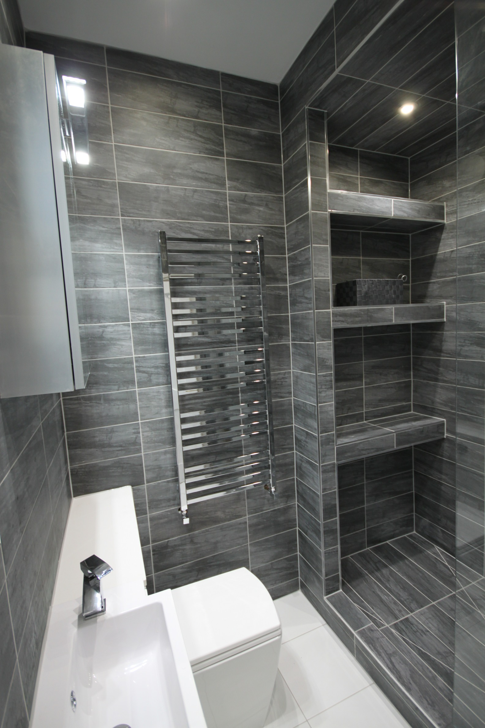 Whitchurch Ensuite 1 web